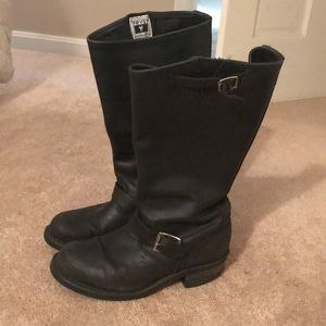Frye Engineer boots size 8